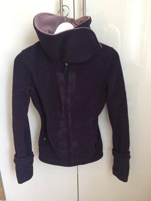 Bench Fleece Jacke in schönem Lila