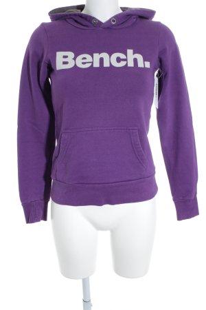 Bench Jersey con capucha lila letras impresas estilo deportivo