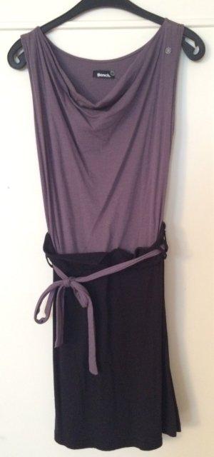 Bench Kleid grau-schwarz mit Wasserfallausschnitt
