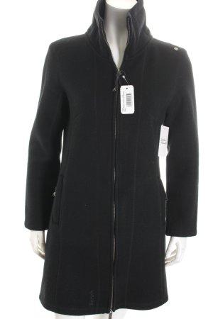 Bench Mantel schwarz schlichter Stil