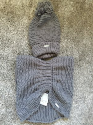 Bench Mütze und Schal Set