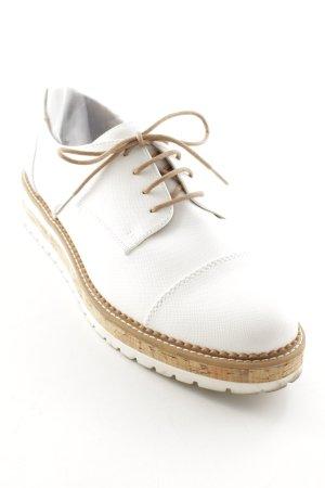 Bench Schnürschuhe weiß-beige Street-Fashion-Look