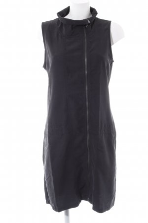 Bench schulterfreies Kleid schwarz schlichter Stil