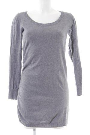 Bench Gebreide jurk lichtgrijs gestippeld simpele stijl