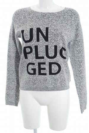 Bench Knitted Sweater white-black embroidered lettering casual look