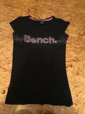 Bench T-Shirt in Größe XS