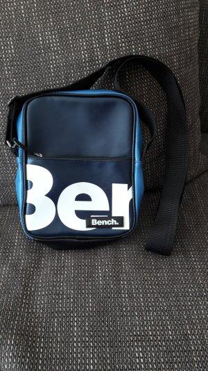 Bench Tasche klein blau sehr guter Zustand
