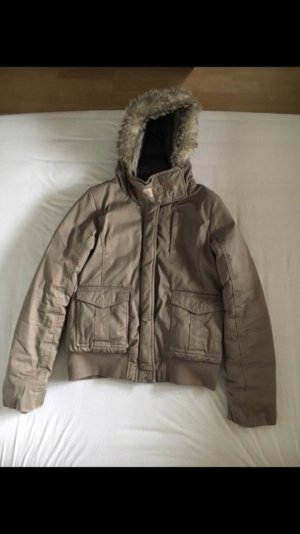Bench Winterjacke Beige