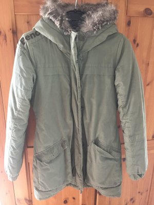 Bench Wintermantel Khaki
