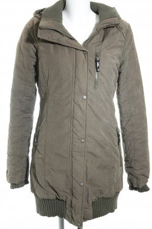 Bench Wintermantel khaki sportlicher Stil