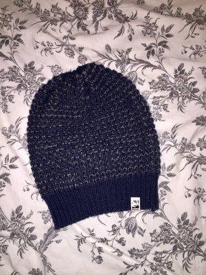 Bench Sombrero de punto azul