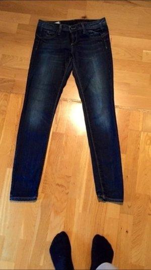 Benetton Jeans W 28 - sehr guter Zustand - kaum getragen - keine Mängel
