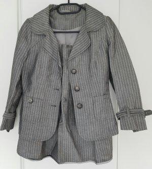 Benetton Kostüm (Rock & Blazer) in grau/weiß, Gr. 34