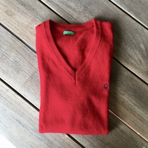 Benetton Fine Knitted Cardigan red wool
