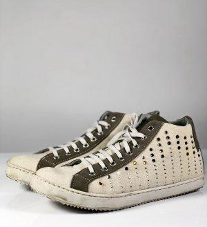 Benetton Sneaker Leder Sneaker Gr. EU 40 UK 7,5 beige braun Nieten Boots Strass