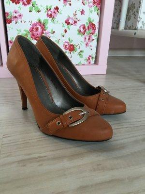 Bequeme braune High Heels