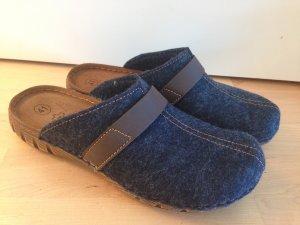 Pantoufles brun-bleu foncé