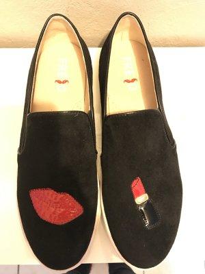 Bequeme flache Schuhe schwarz faux Wildleder