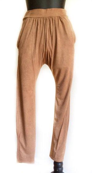 Amisu Pantalon fuselé chameau polyester