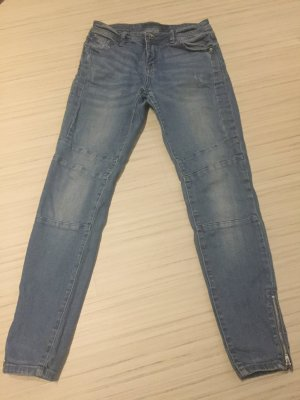 Bequeme Jeans - leichter Used-Look