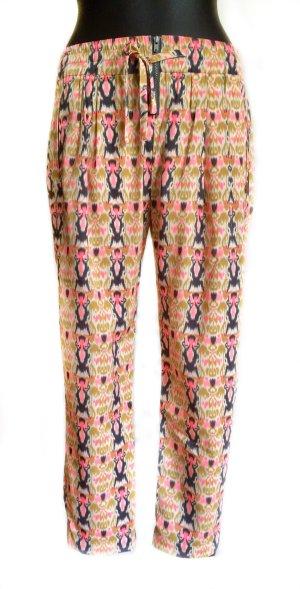 Bequeme, leicht, luftige Hose mit buntem Print