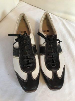 Bequeme Sneaker, elegant und luxuriös