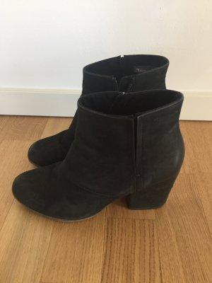 Bequeme und stylische Ankle Boots - Anti Shox