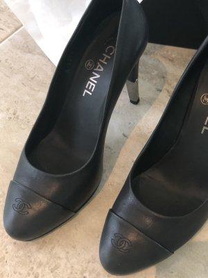Chanel Décolleté spuntata nero-grigio chiaro Pelle