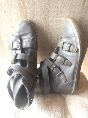 Bequemer Sneaker Mid in Gr. 37