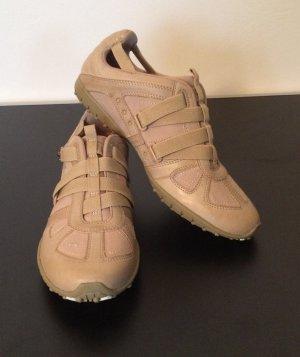 Bequemer Sneaker (neu)