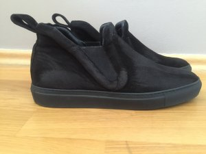 Bequemer Suede Sneaker von Other Stories in schwarz