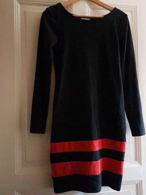 bequemes Etuikleid schwarz mit roten Streifen