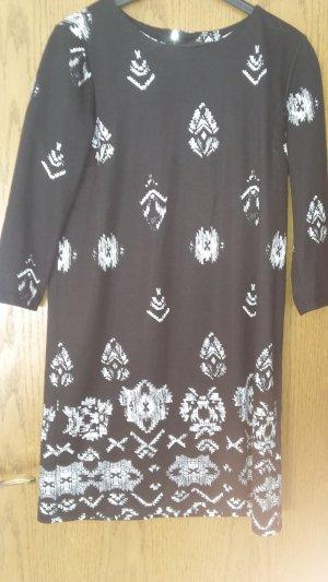 Bequemes Jerseykleid