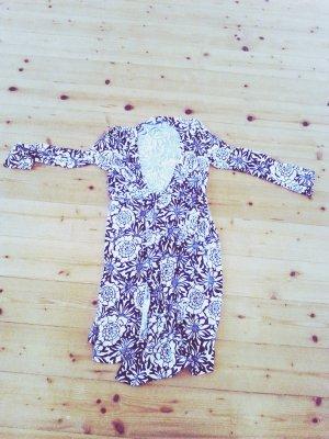 bequemes Kleid zum selbst binden