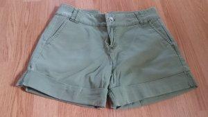 Bermuda Shorts Hose grün oliv kaki militärgrün von Benetton Gr. 36