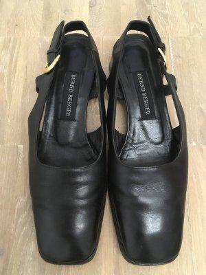 Bernd Berger : schwarze Schuhe mit Goldschließe in Größe 36 1/2