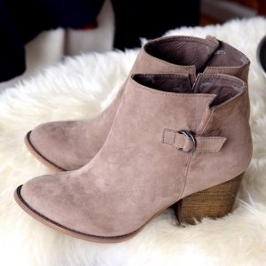 Bershka Ankle Boots grey brown