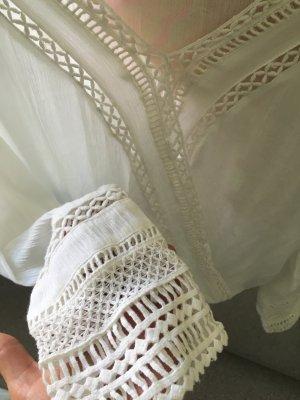 Bershka Bluse Wickeloptik mit Häkelspitze an den Armen