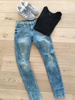 Bershka BSK Skinny Jeans Röhrenjeans Gr. 38 M
