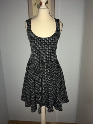Bershka Collection Kleid Größe 26