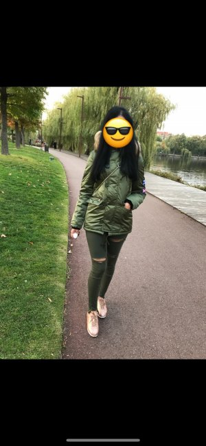 Bershka Damen Jacke Olive Grün Mit Fell Größe XS