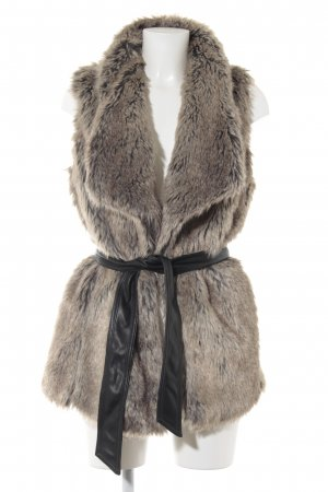 Bershka Fur vest multicolored street-fashion look