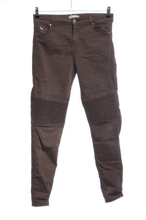 Bershka Pantalón de cinco bolsillos marrón look casual