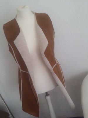 Bershka Gilet en fourrure bronze-marron clair