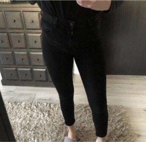Bershka High Waist Jeans schwarz