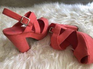 Bershka hohe Schuhe