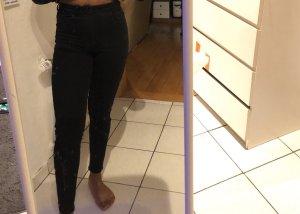 Bershka Vaquero skinny negro