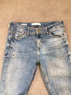 Bershka Jeans (tshirt gratis)