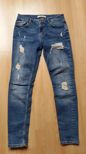Bershka Jeans Used Destroyed Gr.26/32, 34