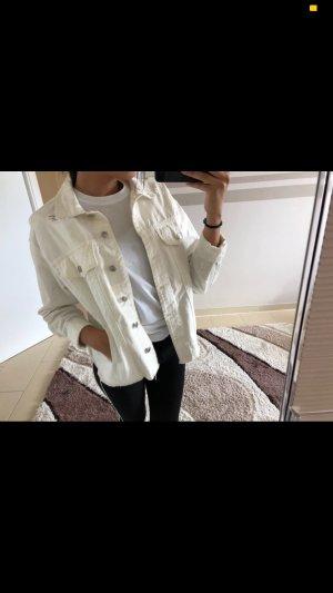 Bershka Jeansjacke in Weiß